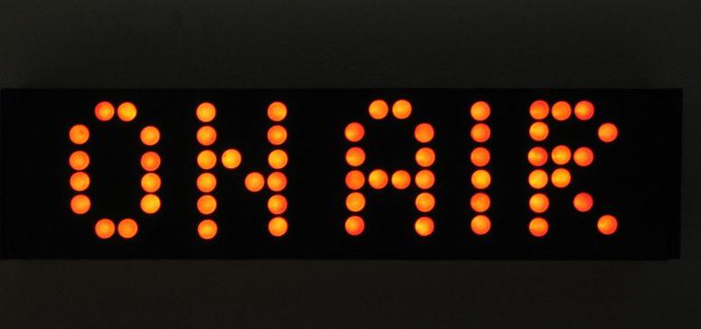 radio-studio-1315232-1600x1200